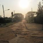 Niet al te best asfalt in Mbale